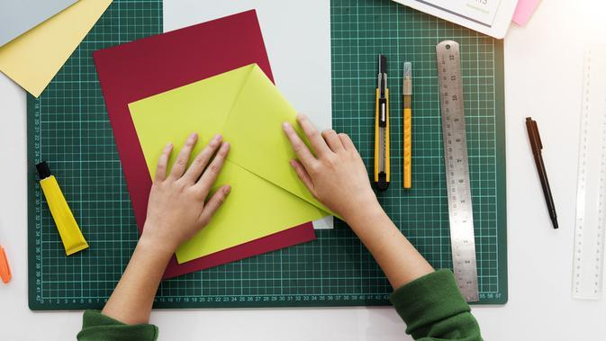 ilustrasi teknik melipat leaflet/shutterstock
