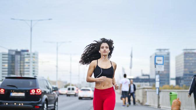Ilustrasi jogging | Andrea Piacquadio dari Pexels