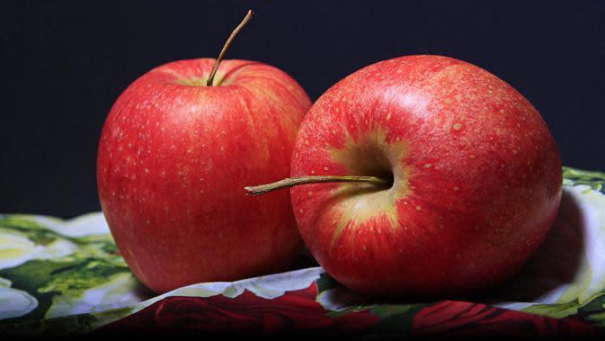 Ilustrasi apel. (dok. Pixabay.com/955169/Putu Elmira)