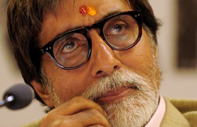Bollywood actor Amitabh Bachchan is overwhelmed by the flood of well-wishes for him and family members after he was tested positive for Covid-19 disease. — AFP pic
