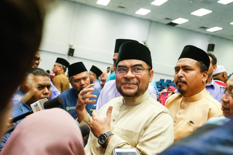 Datuk Seri Mujahid Yusof Rawa expressed trust and faith that Prime Minister Tun Dr Mahathir Mohamad and Pakatan Harapan leaders would make the right decision. — Picture by Sayuti Zainudin