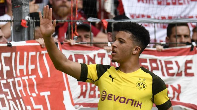 5. Jadon Sancho (Borussia Dortmund) - 11 gol dan 13 assist (AFP/Thomas Kienzle)