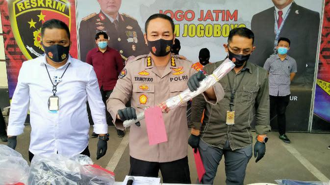 Polda Jatim menangkap pelaku pembunuhan ARF di Desa Sukoreno, Prigen, Kabupaten Pasuruan. (Foto: Dok Istimewa)