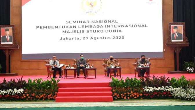 Seminar Nasional Pembentukan Lembaga Internasional Majelis Syuro Dunia di Gedung Nusantara IV Komplek MPR/DPR RI, Sabtu (29/8).