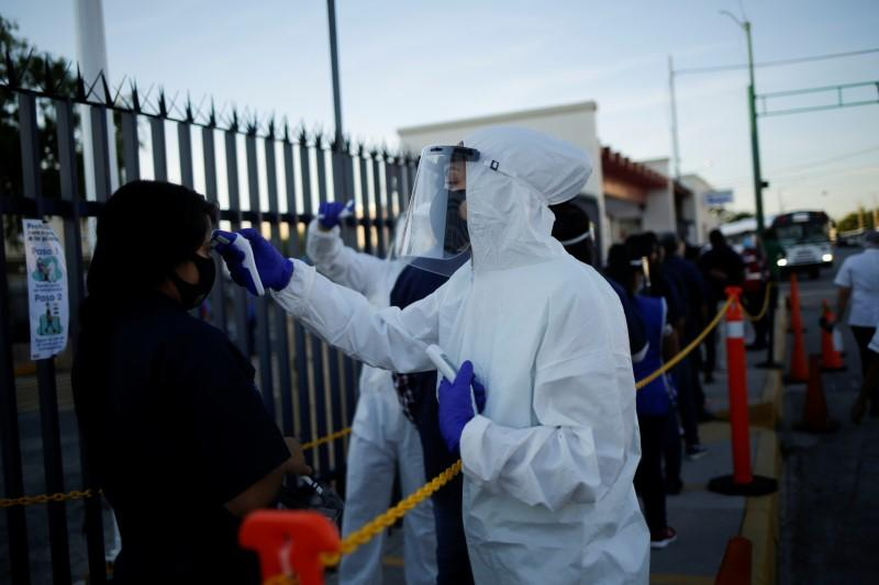 Mexico's COVID-19 death toll could surpass 30,000, deputy health minister says
