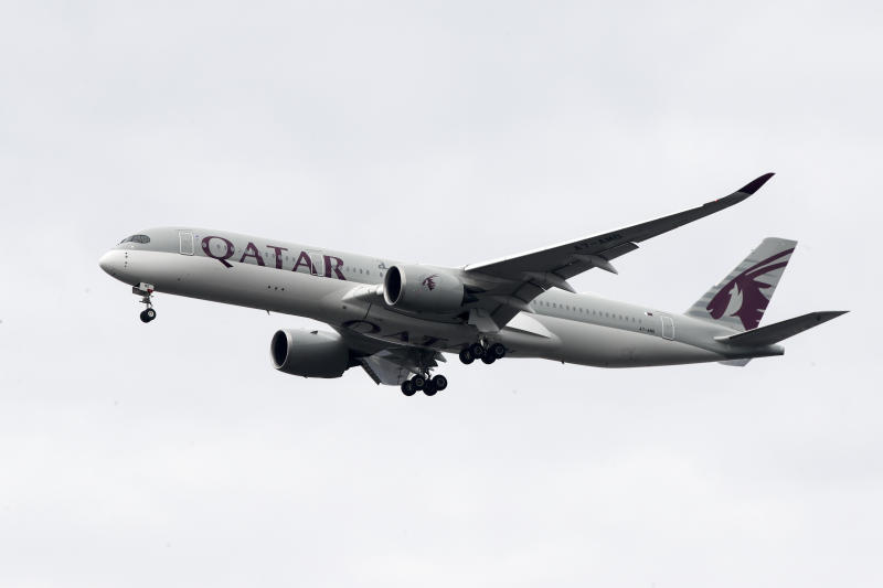 Earns Qatar Airways