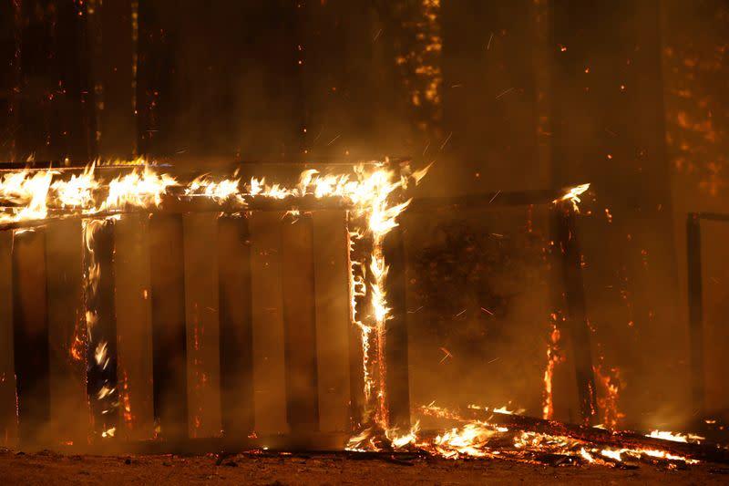 Evacuees brave heat, pandemic to flee California's lightning-caused firestorms