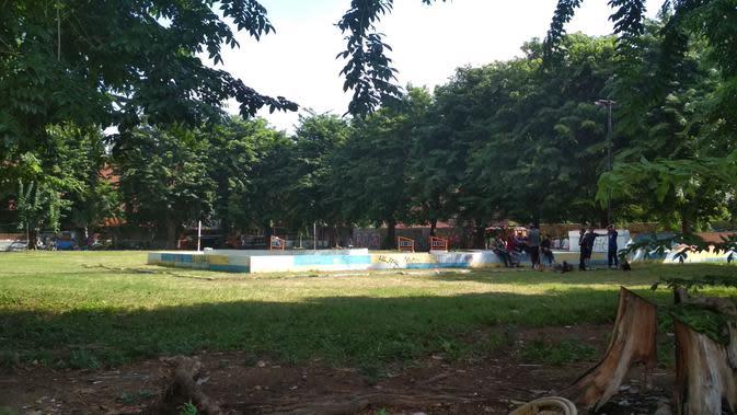 Penampakan taman kebumen di kawasan Kota Tua Cirebon yang akan difungsikan sebagai sentra kegiatan seni dan budaya. Foto (Liputan6.com / Panji Prayitno)