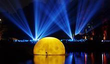 嘉市光織影舞吸睛短短三週遊客數破60萬人次