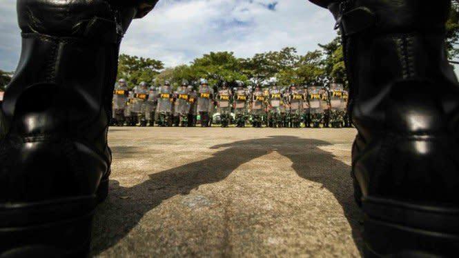 Ramai-ramai Tolak Perpres Pelibatan TNI dalam Kasus Terorisme