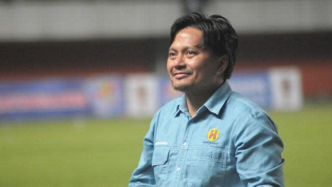 Manajer Barito Putera, Hasnuryadi Sulaiman. (Bola.com/Vincentius Atmaja)