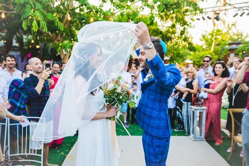 The veiling of the bride. [Photo: Denis Butnaru Photography]
