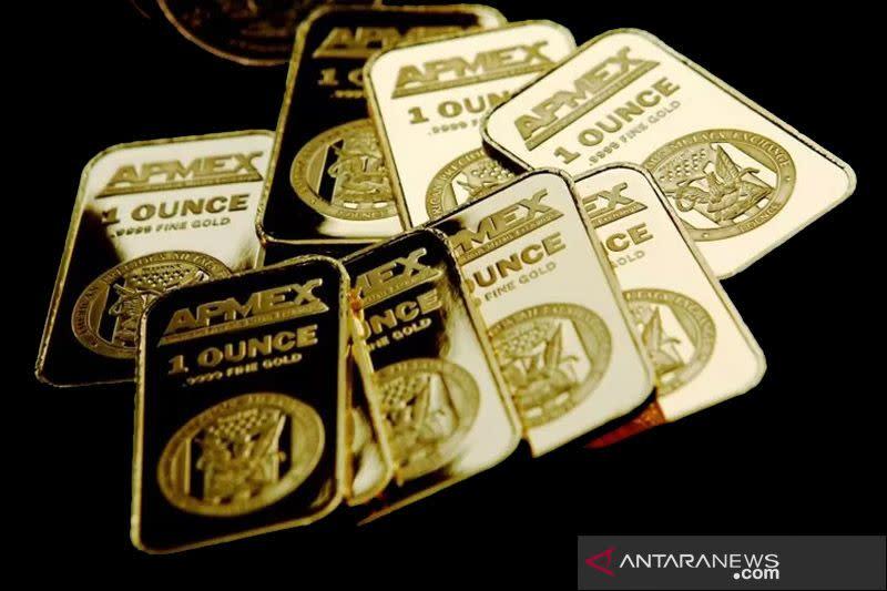 """Emas naik 31 dolar saat """"greenback"""" jatuh, spekulasi stimulus menguat"""