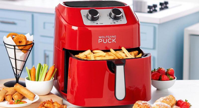The Wolfgang Puck 9-Quart 1700-Watt Air Fryer is a versatile kitchen pro. (Photo: HSN)