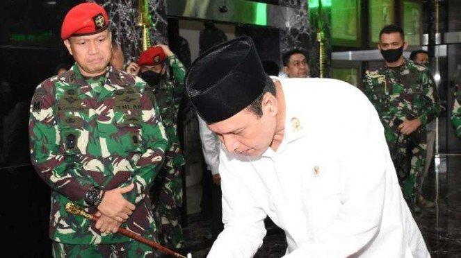 VIVA Militer : Kepala BNPT Komjen Pol. Boy Rafli Amar