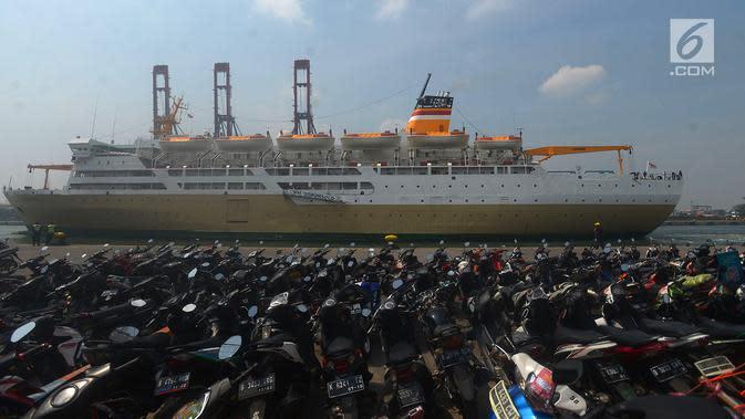 Penampakan sepeda motor pemudik saat mengikuti mudik gratis. (Merdeka.com/Imam Buhori)