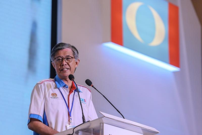 Chua said that his party did not endorse any methods of coercion or enticement of voters in elections. ― Picture by Hari Anggara