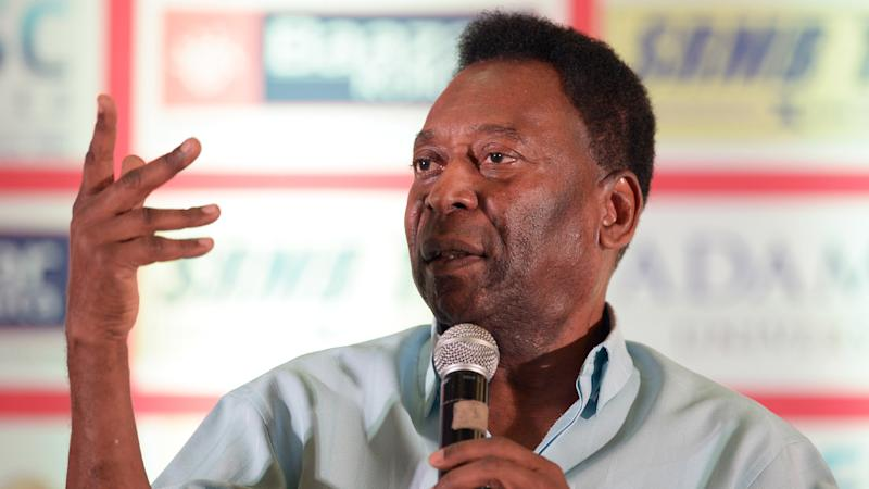 Pele attends a press conference in Kolkata
