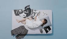 簡廷芮閃婚前拍下床照 為詹朴把全家當作自己家