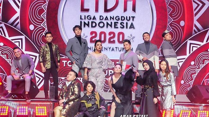 Potret Manis Lesty Kejora dan Rizky Billar di Panggung LIDA 2020. (Sumber: Instagram.com/dewiperssikreal)