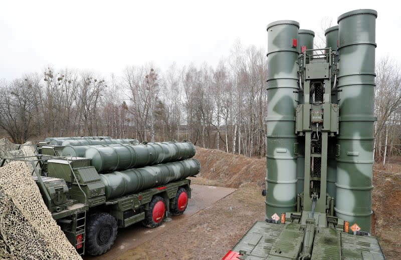 U.S. senators urge sanctions on Turkey over Russian missile system