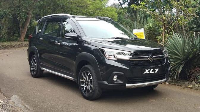 Ini yang Ditawarkan Suzuki XL7 Tipe Terendah