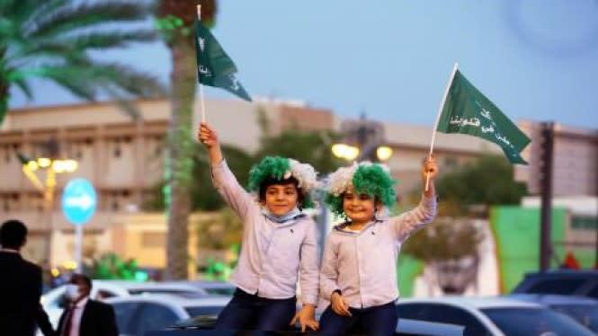 Arab Saudi Peringkat Ketiga Negara Paling Bahagia, Indonesia?