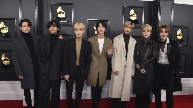 BTS (Photo by Jordan Strauss/Invision/AP)