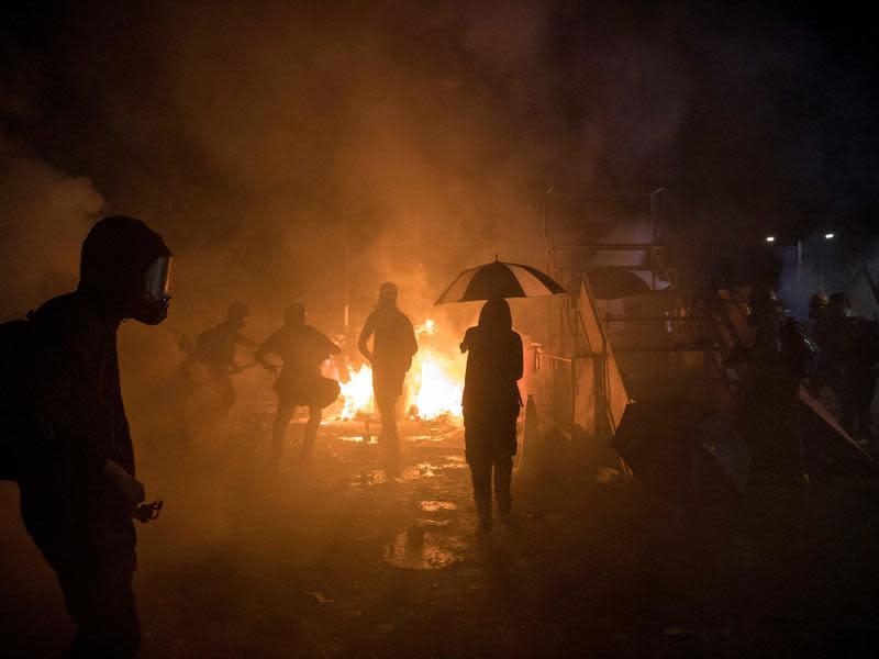 大學聯合批評警方 誓死與中大共存亡