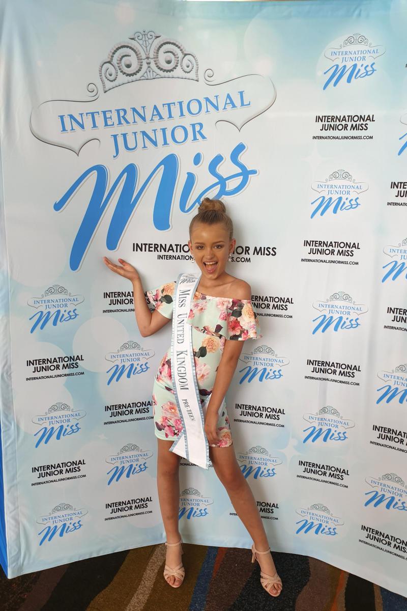 International Junior Miss UK Mia