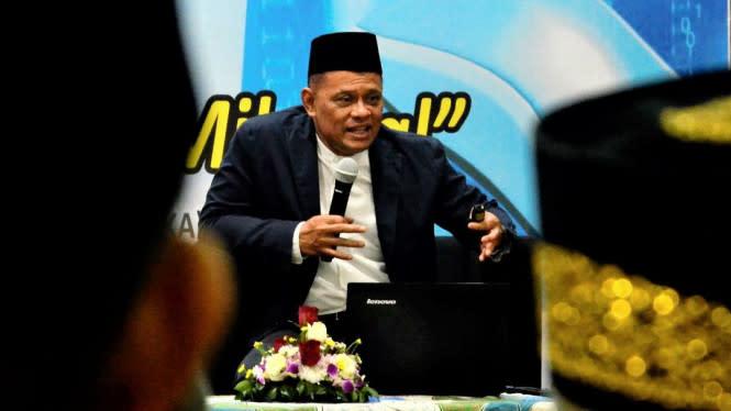 Gatot Singgung PDIP, Effendi Simbolon: Sangat Naif