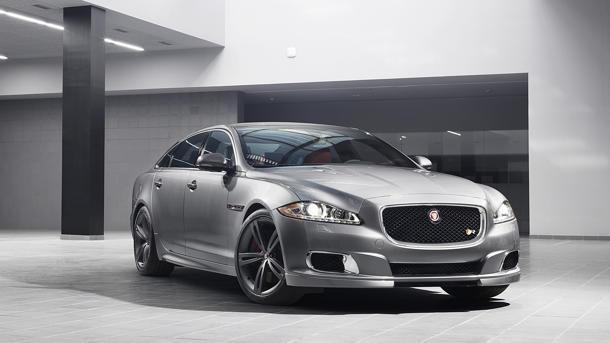 Jaguar XJR with 550 hp prepped for New York debut