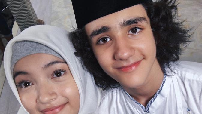 Megan Domani Pakai Hijab (Sumber: Instagram//megandomani1410)
