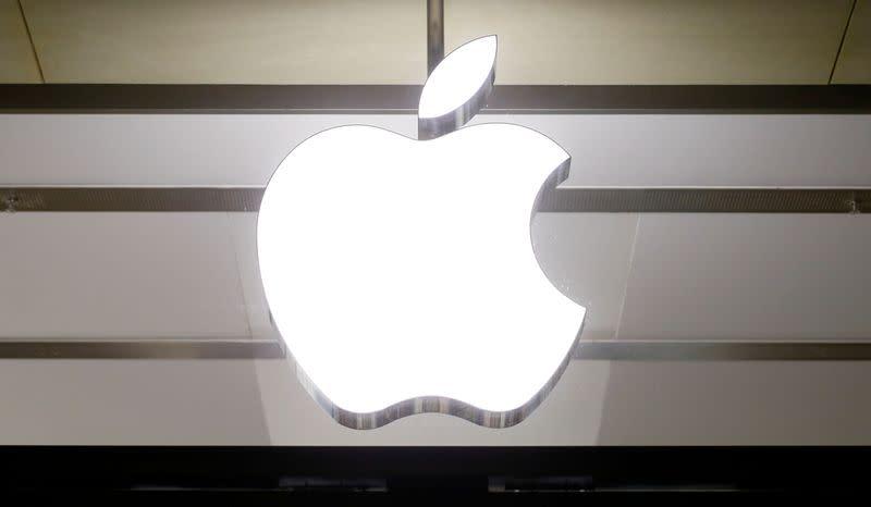 Apple not dominant in any market, plenty of rivals, senior executive says