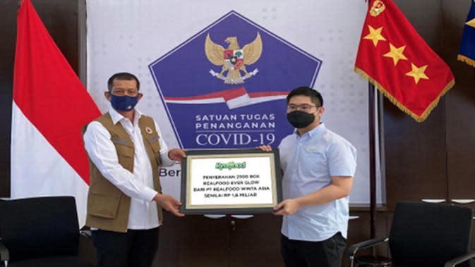 Dukung Satgas Covid-19, Realfood Donasikan 2500 Paket untuk Dokter dan Nakes