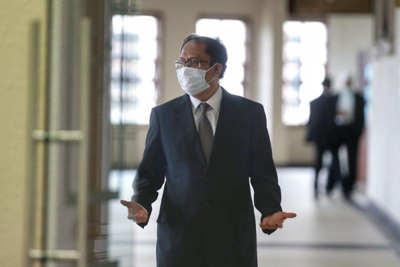 Former Education Ministry secretary-general Datuk Seri Alias Ahmad is pictured at the Duta High Court in Kuala Lumpur July 13, 2020. — Picture by Ahmad Zamzahuri