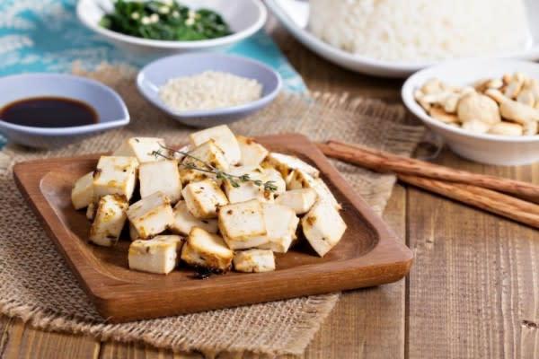 Tips Mudah Menggoreng Tofu ala Yummy, Dijamin Lembut dan Gak Hancur