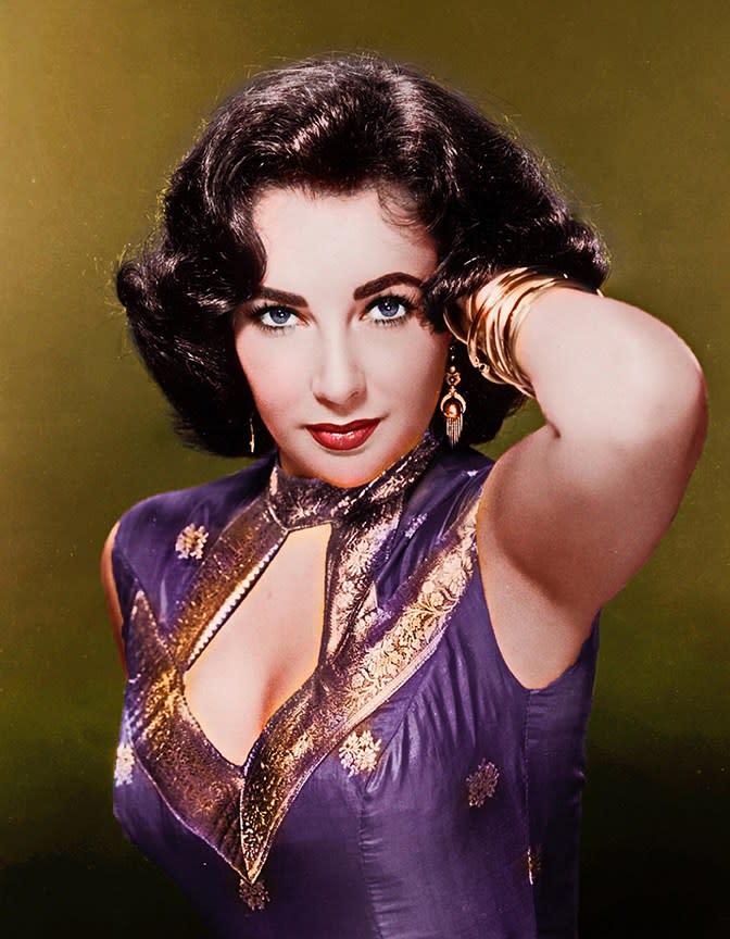 elizabeth taylor color photo