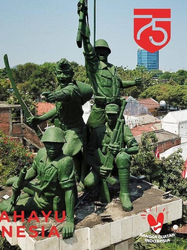 Deretan patung perjuangan dan monumen pahlawan di Kota Surabaya. (Sumber: Instagram/@dishubsurabaya)