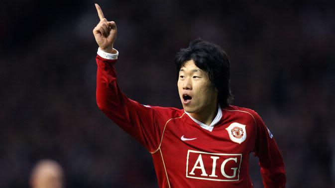 Park Ji-sung bergabung dengan Manchester United pada 2006. Sebelumnya, gelandang asal Korea Selatan ini bermain untuk di Liga Belanda untuk klub PSV Eindhoven. (AFP/Paul Ellis)