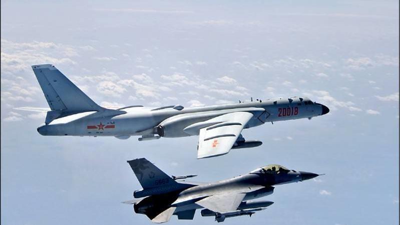 中國大陸外交部說「不存在所謂的海峽中線」,你認同或反對?