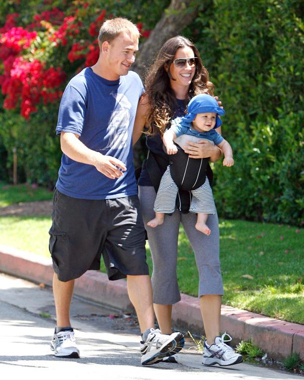 Alanis Morissette Discusses Her Intense Battle With Post-Partum Depression