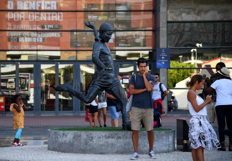 Lisbon opens its arms to 'bizarre' Champions League finale