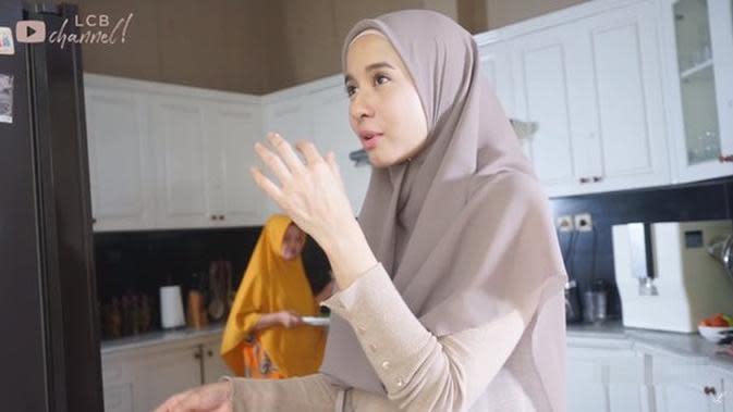 6 Penampakan Dapur Laudya Cynthia Bella, Bersih dan Alat Masak Lengkap (sumber: YouTube LCB Channel)