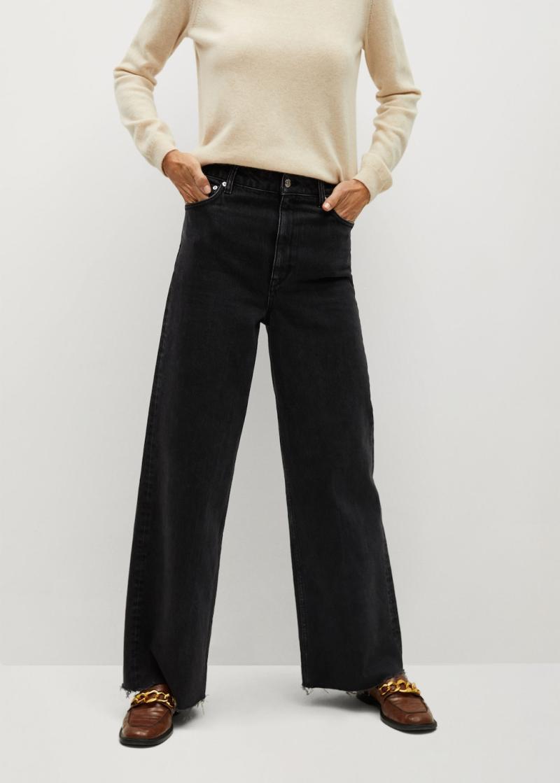 Wide leg high waist jeans. Image via Mango.