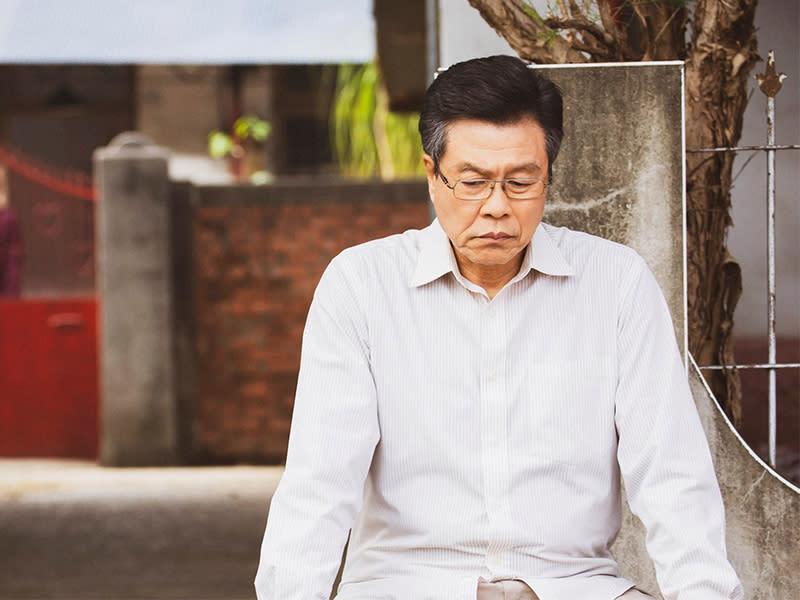 楊烈飾傳統父親 連結劇情關鍵