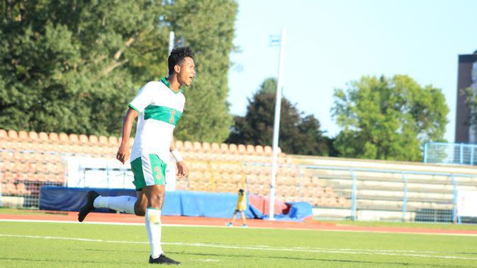 Bek Timnas Indonesia U-19, Bagas Kaffa, mengaku kecewa dengan kekalahan telak 1-7 yang dialami dari Kroasia. (dok. PSSI)