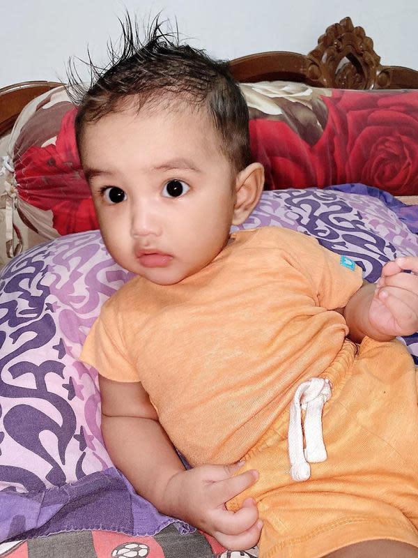 Potret Abqari Al Tariq Zia Anak Raya Kitty. (Sumber: Instagram.com/rayanurfitrird)