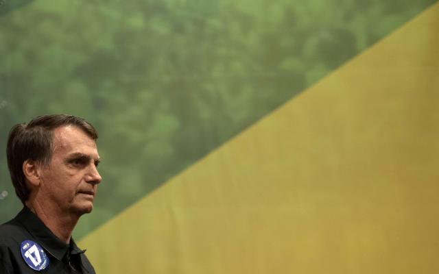 Jair Bolsonaro en una conferencia de prensa en Rio de Janeiro, el 11 de octubre de 2018