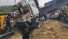 國3寶山匝道連環撞 1駕駛遭前後夾擊傷重亡